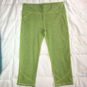 Fabletics Pants - NWOT Fabletics Capris